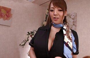 As loiras adoram o galo-secretário sexo selvagem entre dois homens é intimidado pelo chefe.