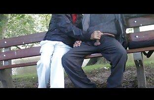 O adolescente da Ebony adora o Sr. Pila grande e como sexo quente e selvagem a fode