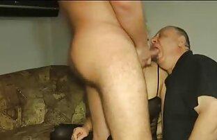 A Puta Do Escritório Fica Com Uma Puta De lesbicas no sexo selvagem Sexo Anal Dura.