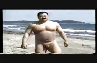 O garanhão MANALIZADO Mickey Carpathio fode o sexo selvagem com dotados chefe Inter-racial.