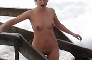 A miúda asiática Louisa videosdesexoselvagem Lu masturba a rata doce e molhada em meias calcanhares