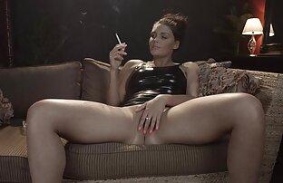 O agente vídeo pornô sexo selvagem falso big body Fodeu no sofá do casting.